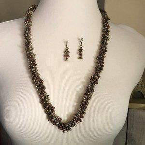 ⬇️ Metallic Beaded Cluster Chain Necklace Earrings